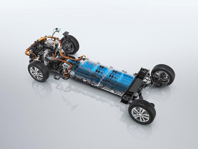 NOVÝ PEUGEOT e-Traveller – výkonná baterie pro dojezd až 330 km