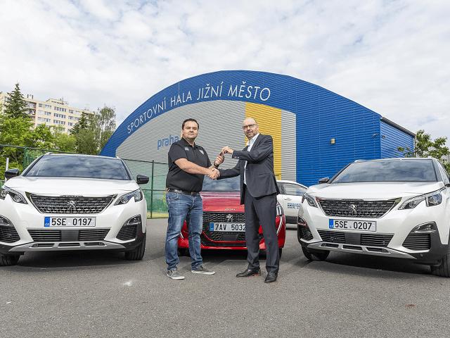 Peugeot v ČR se vrací na florbalové hřiště